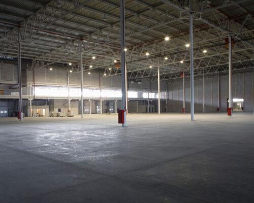 warehouse-empty-thinkstock