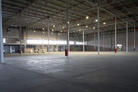 warehouse-empty-thinkstock